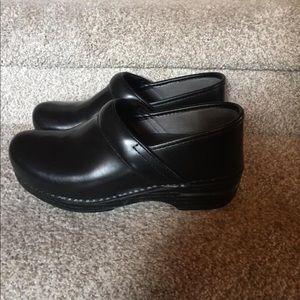 Dansko XP shoes sz 38